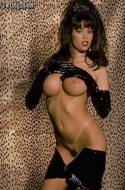 Busty Ones Jenna Jameson